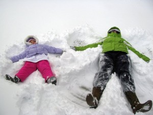 snowangelsfamilyphoto 300x225 Nows The Time To Start Your Photo Calendar!