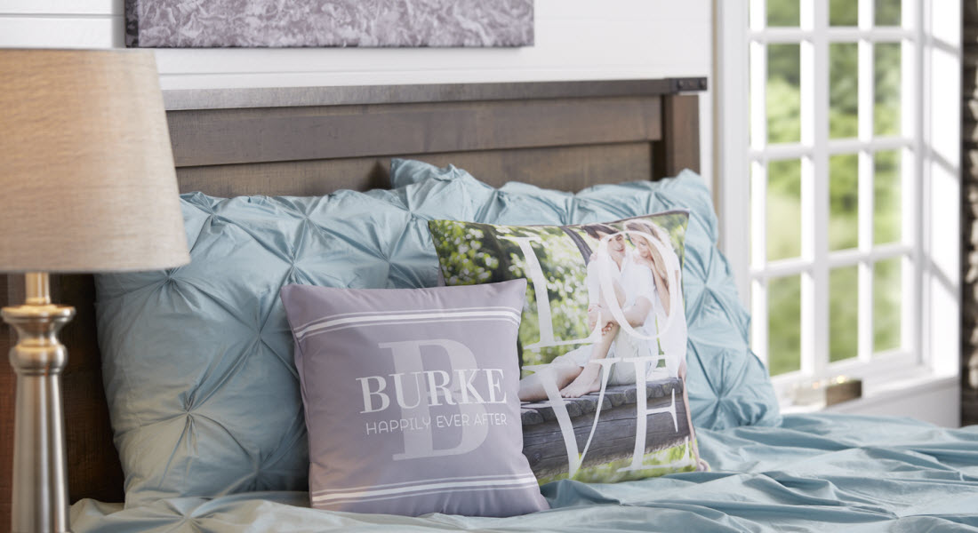 6 Ideas On Decorating With Custom Throw Pillows