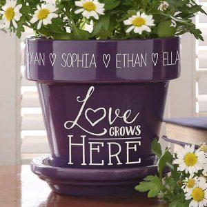 Personalized Flower Pot for Mom