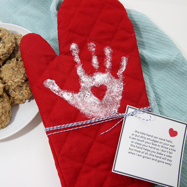 DIY Oven Mitt for Grandma